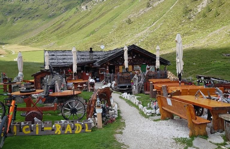 Altfasstal bei Meransen - Pranter Stadtlhütte
