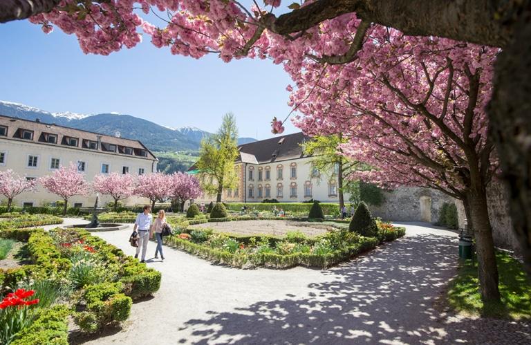 Hofgarten (Herrengarten) in Brixen © Tv - Brixen