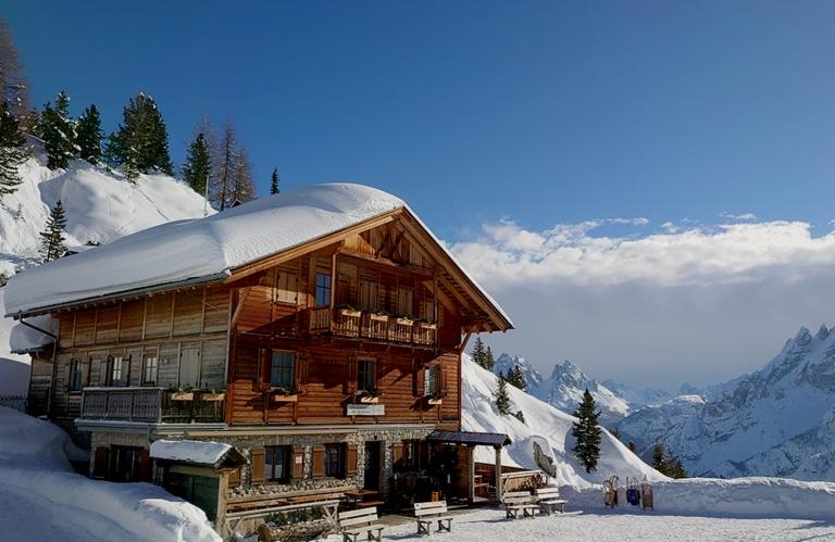 Dürrensteinhütte Winterwanderung - Pragsertal - Südtirol