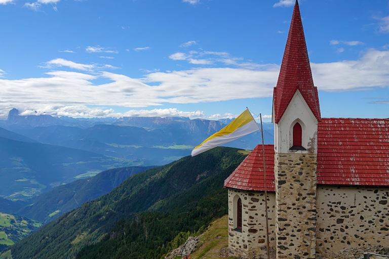 Kirche-Latzfonser-Kreuz