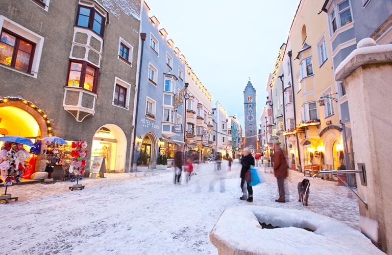 Klaus Peterlin-weihnachtsmarkt-Schnee-DRUCK-5