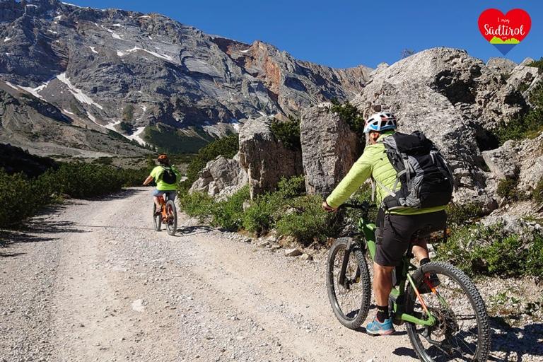 MIt dem E-Bike zur Lavarellahütte