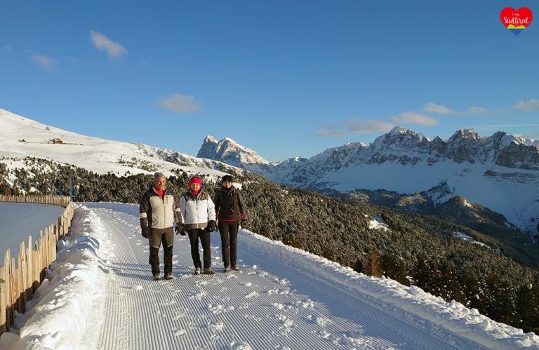 Winterwanderung Rossalm - meine Eltern und meine Freundin