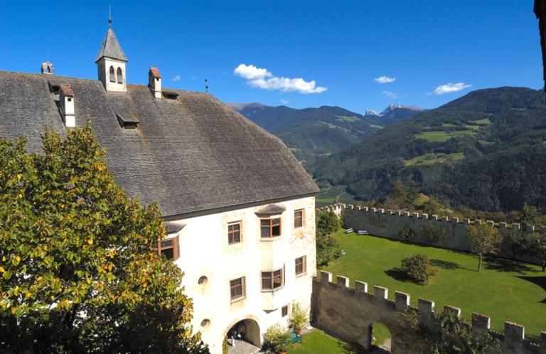 Schloss-Velthurns-1000×650.jpg