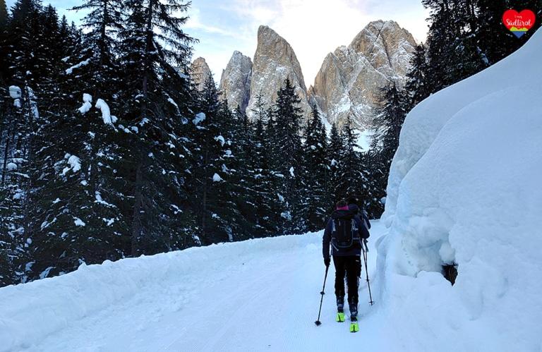 Winterwanderung Villnösseralm - Weg zur Geislerhütte