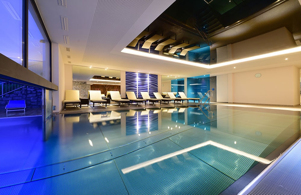 hotel-waldrast-pool